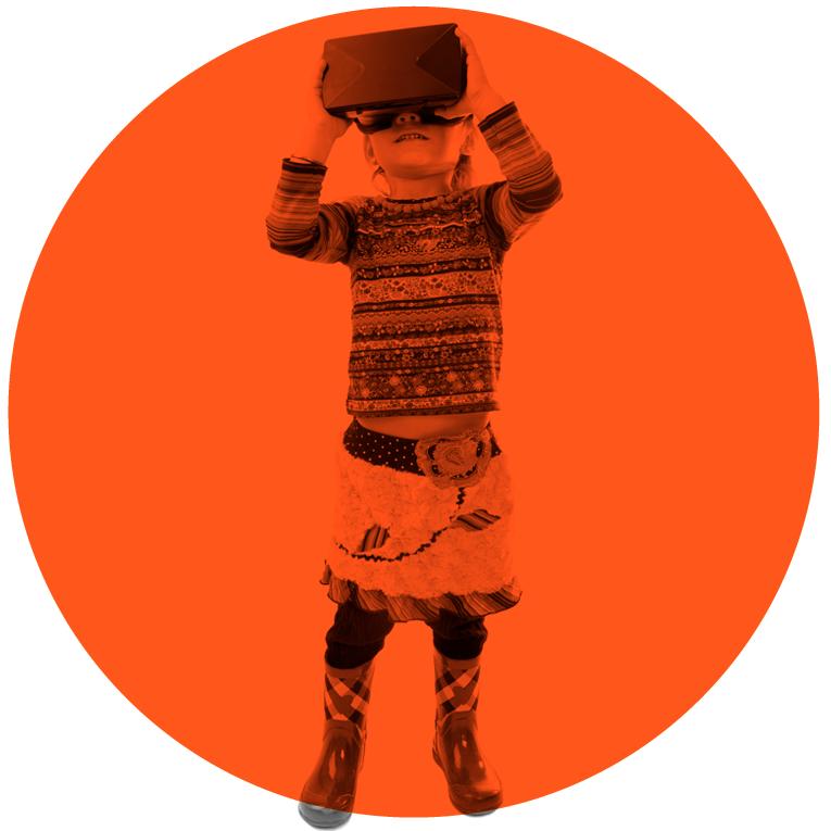 Illustrasjonsbilde til webdesign barn med virtual reality brille